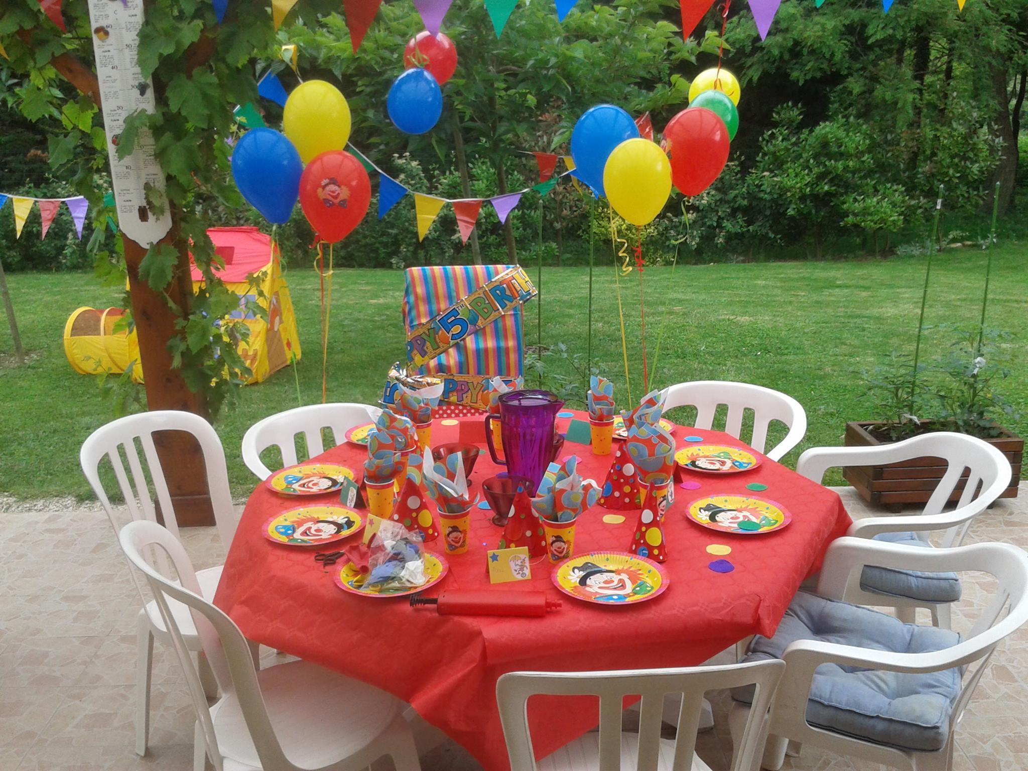 La décoration de table anniversaire clown