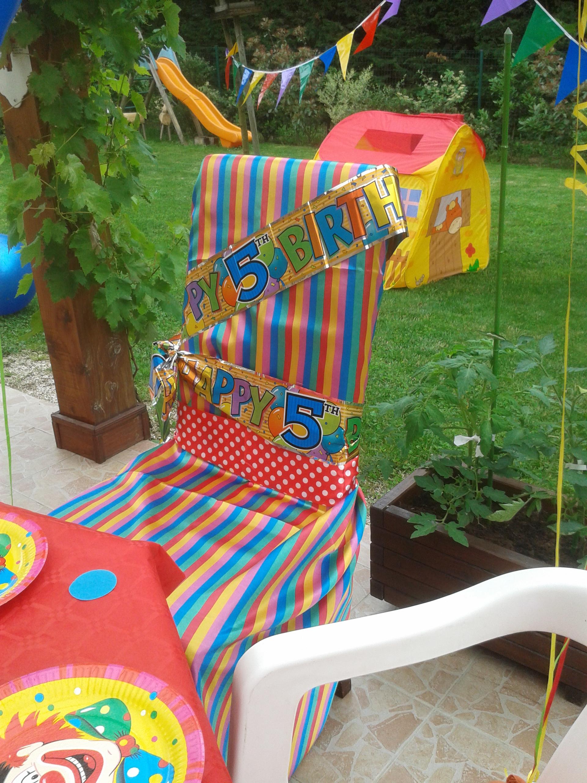 Chaise spéciale anniversaire Clown surprise !