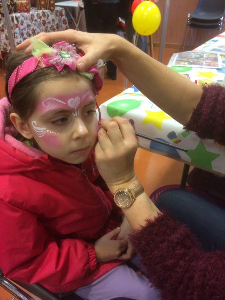séance maquillage princesse enfants