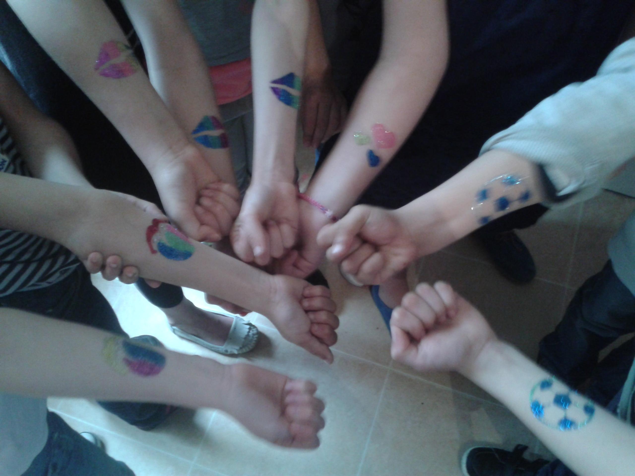 Anniversaire tatouages éphémères enfants
