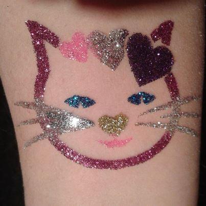 Tatouages éphémères Hello Kitty